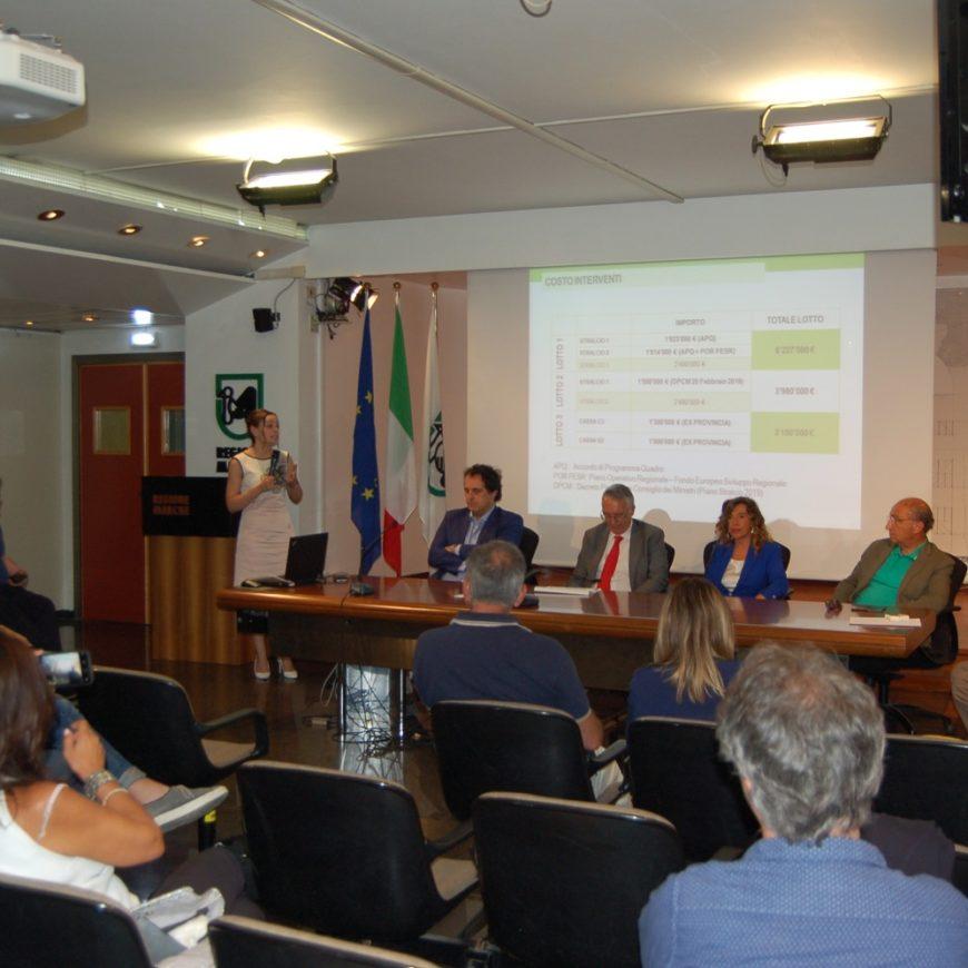 Regimazione idraulica dei fossi San Sebastiano, Rigatta e Cannetacci a Falconara Marittima. Partono i lavori.