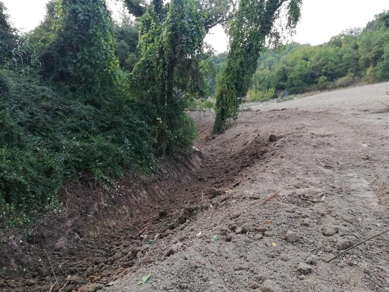 Nuovi interventi del Consorzio per mettere in sicurezza fossi ostruiti nei Comuni di Arcevia e Fabriano.