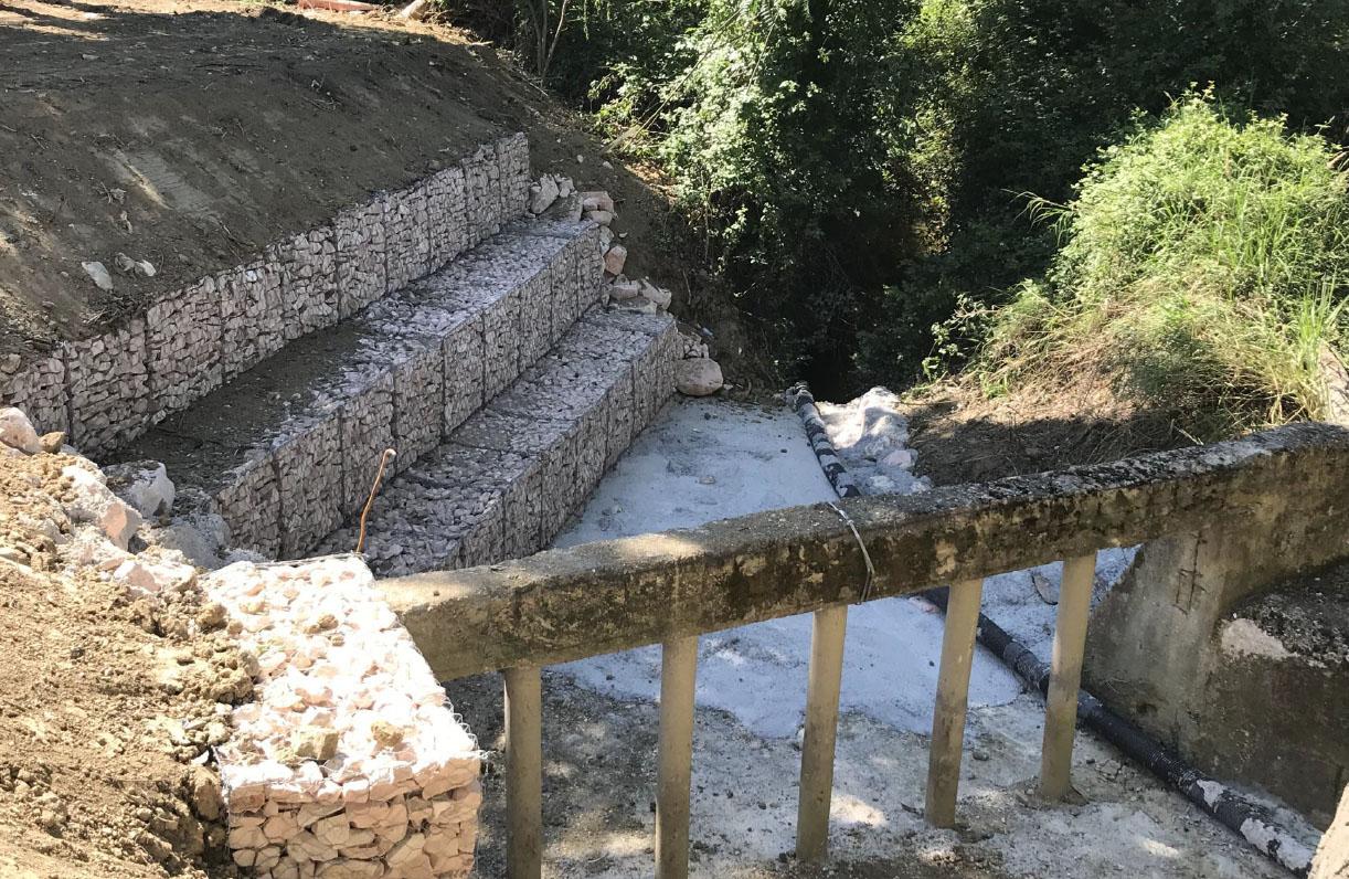Terminati i lavori di messa in sicurezza della briglia sul fosso San Sebastiano, nel centro di Passo Ripe (An)